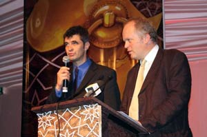 Mr Miguel de Clerck, director of Echos Communication and Mr François Millis, founder of Echos Communication